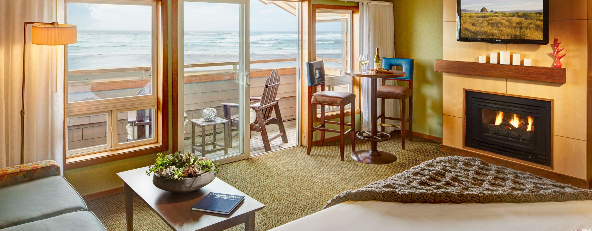 Cannon Beach Accommodations | Surfsand Resort Guest Rooms