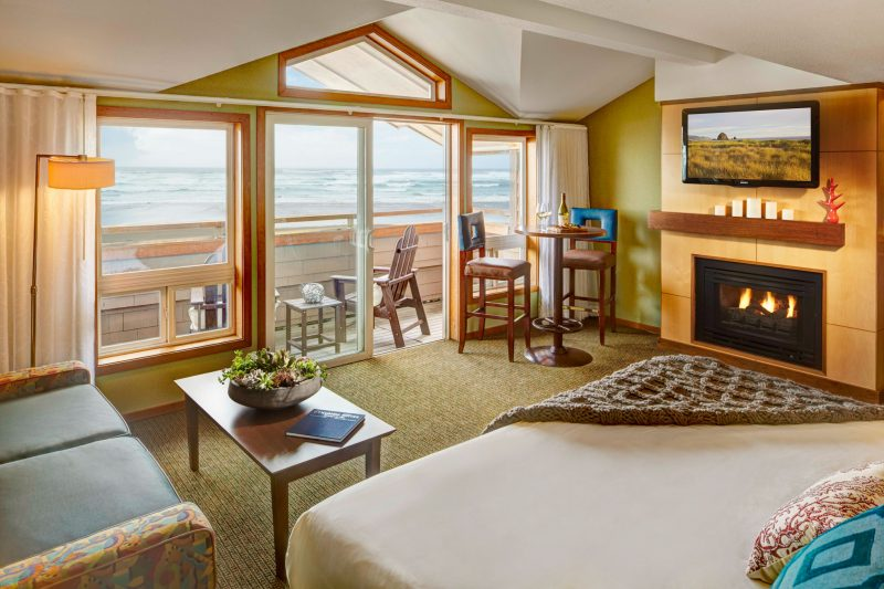 Beachfront King Studio Oceanfront in Cannon Beach, Oregon